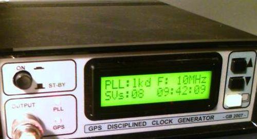 universal clock generator
