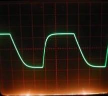 100KHz Square Wave generator using PIC16C84