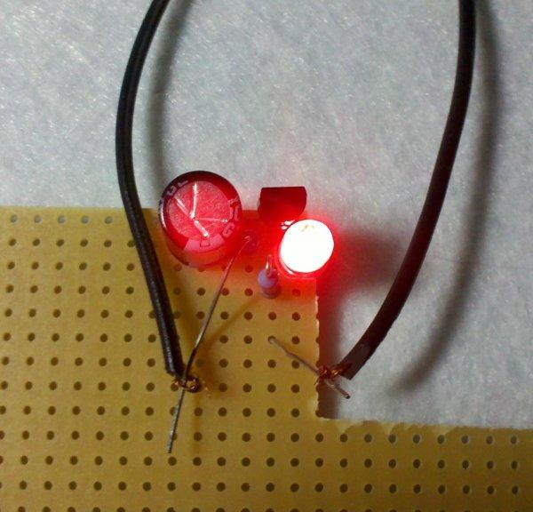 PIC12F675 LED blinking