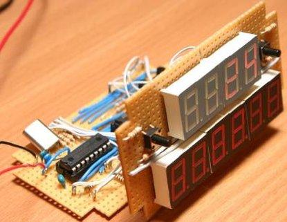 PIC12F675 based digital clock