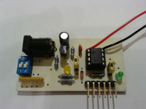 PIC12F675 interrupt based software UART
