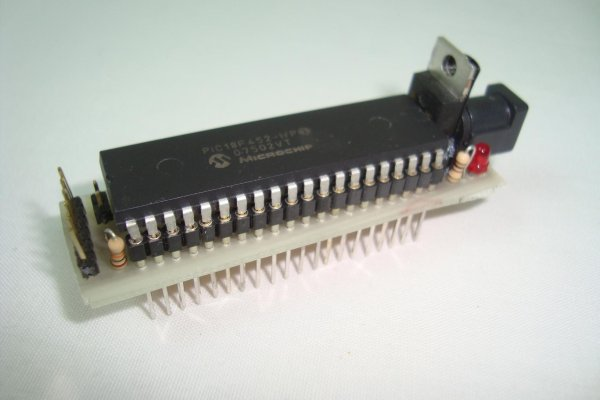 Mini PIC Dev Board