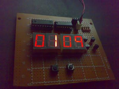 Circuit Digital Clock Using PIC16f628a Microcontroller Schematics