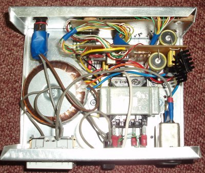 Power supply for turntables with AC motors