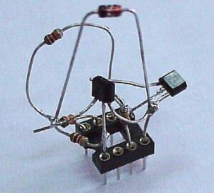 Simple RS232C Level Converter using Transistors