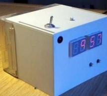 Digital Alarm Clock Schematic using pic microcontoller