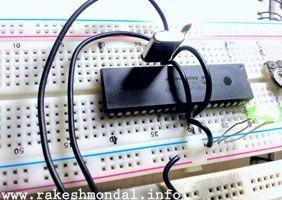 Blink LED with XC8 compiler using external Oscillator