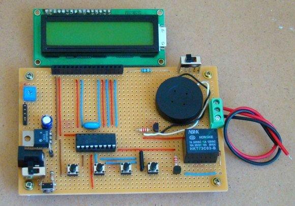 Electronic Code locking system using PIC 16F877 Mircocontroller