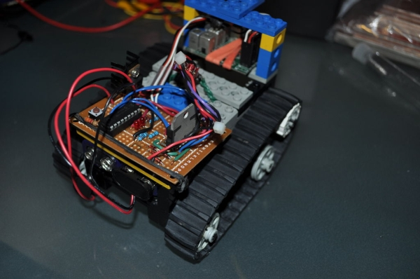PIC RC Motor Controller (and example lego robot)