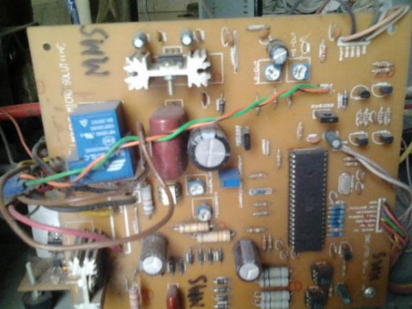 Single microcontroller based 12v to 230v inverter with intelligent battery charging Board
