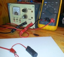 PIC 12F675 Programmable 12V Battery Monitor