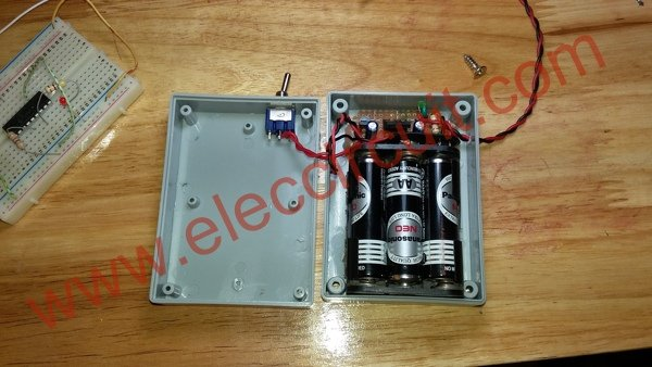 PIC microcontroller power supply circuit by Chayapol schematic