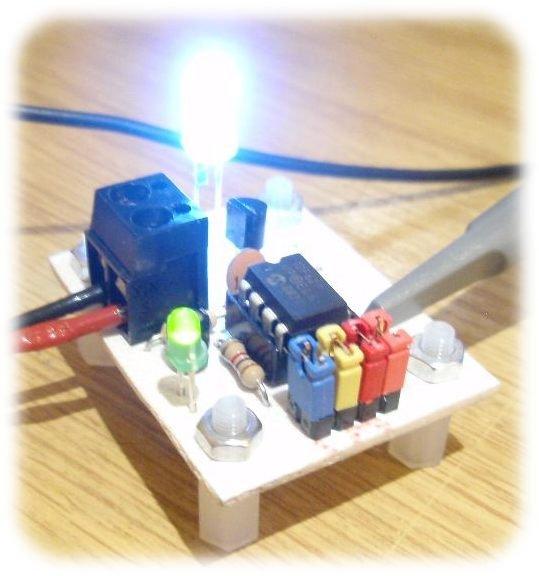 LED Strobe for PIC12F629 675