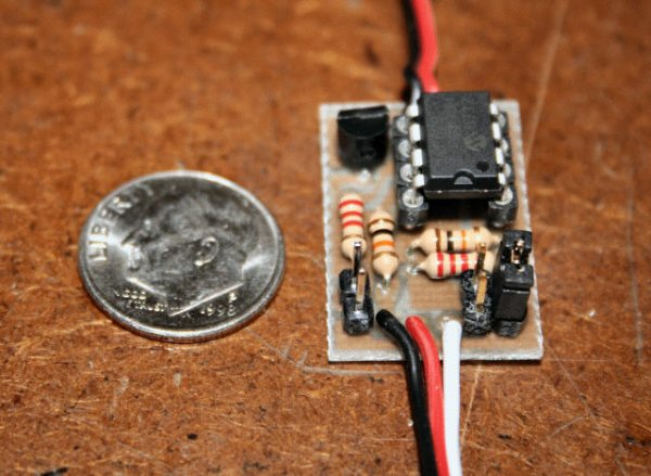 Mini-Beacon miniature programmable LED Flasher that is based around a PIC12F629 microcontroller