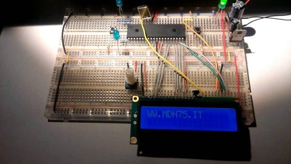 PIC18F4550 Tutorial Blink LED 2