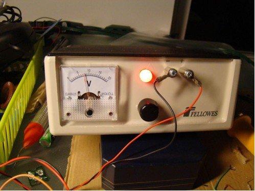 PIC-based Digital Voltmeter (DVM)