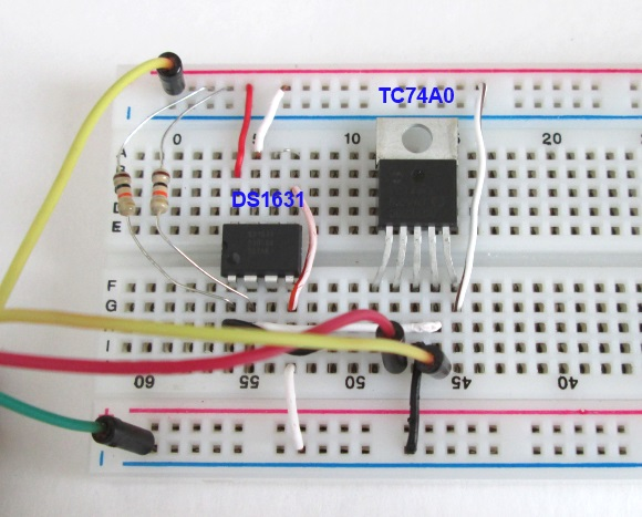 Complete circuit layout on breadboard