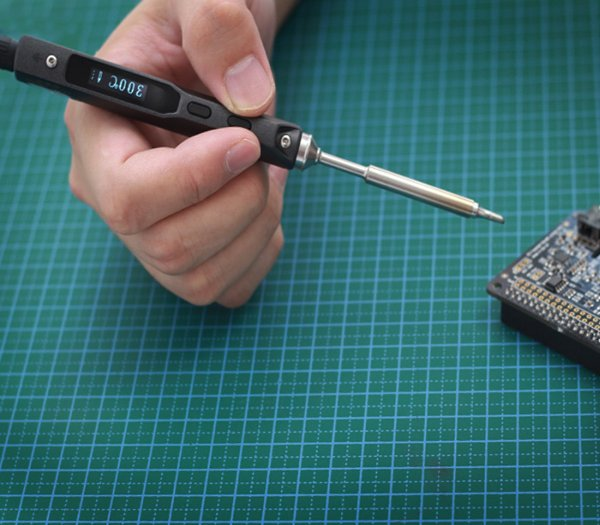 Seeed Studio miniature soldering iron – Review
