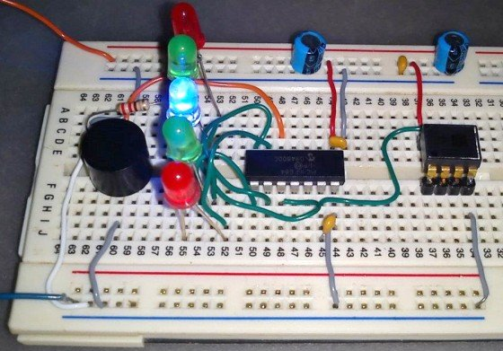 Build a digital spirit level using a SCA610 accelerometer