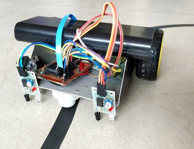 Line-Follower-Robot-using-PIC-Microcontroller