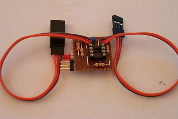 Servo Camera Switch using PIC12F675 microcontroller