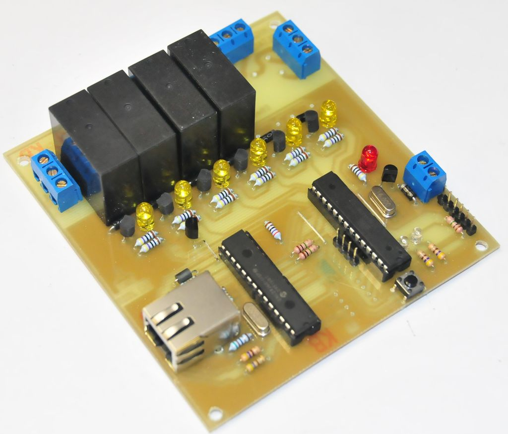 A Remotely Programable Relay Controller