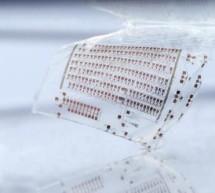 Ultralow-power RFID transponder chip in thin-film transistor technology on plastic