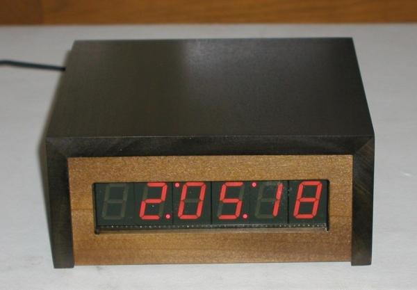 PIC based WWVB clock