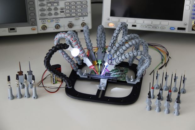 3D Print the Ultimate Helping Hands for a PCB Workstation