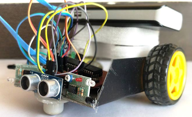 obstacle-avoiding-robot-using-pic-microcontroller