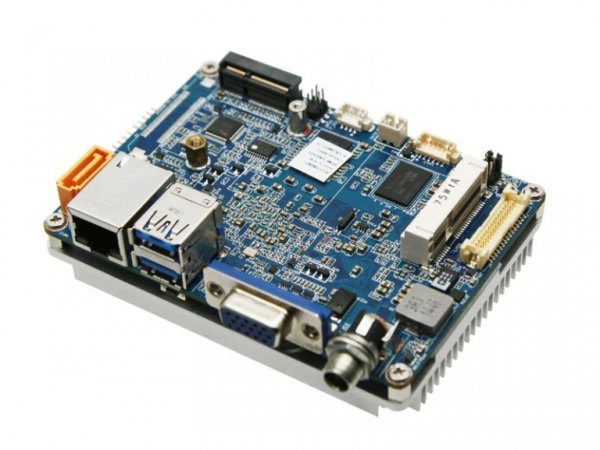 Giada AP23 – A Compact Apollo Lake Series board