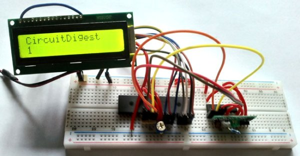 PIC-to-PIC-Communication-Receiver-side-Circuit-Hardware using Pic-microcontroller