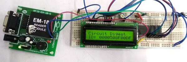 breadboard according to schematic-with-PIC-Microcontroller