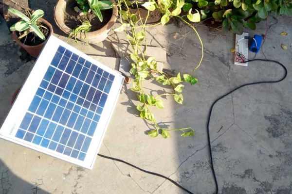 How to build a Simple Solar Powered Automatic Garden Light